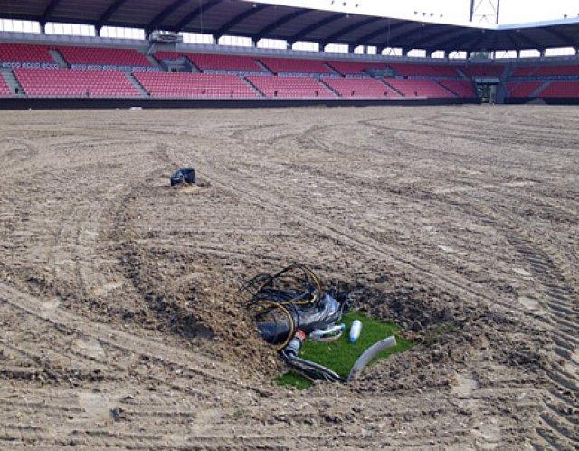 Organisatorische Glanzleistung: Stadion am Sonntag, Samstags war noch ein großes Fußballspiel der dänischen Liga, am Montag konnten wir schon den ersten Trainingsritt machen.